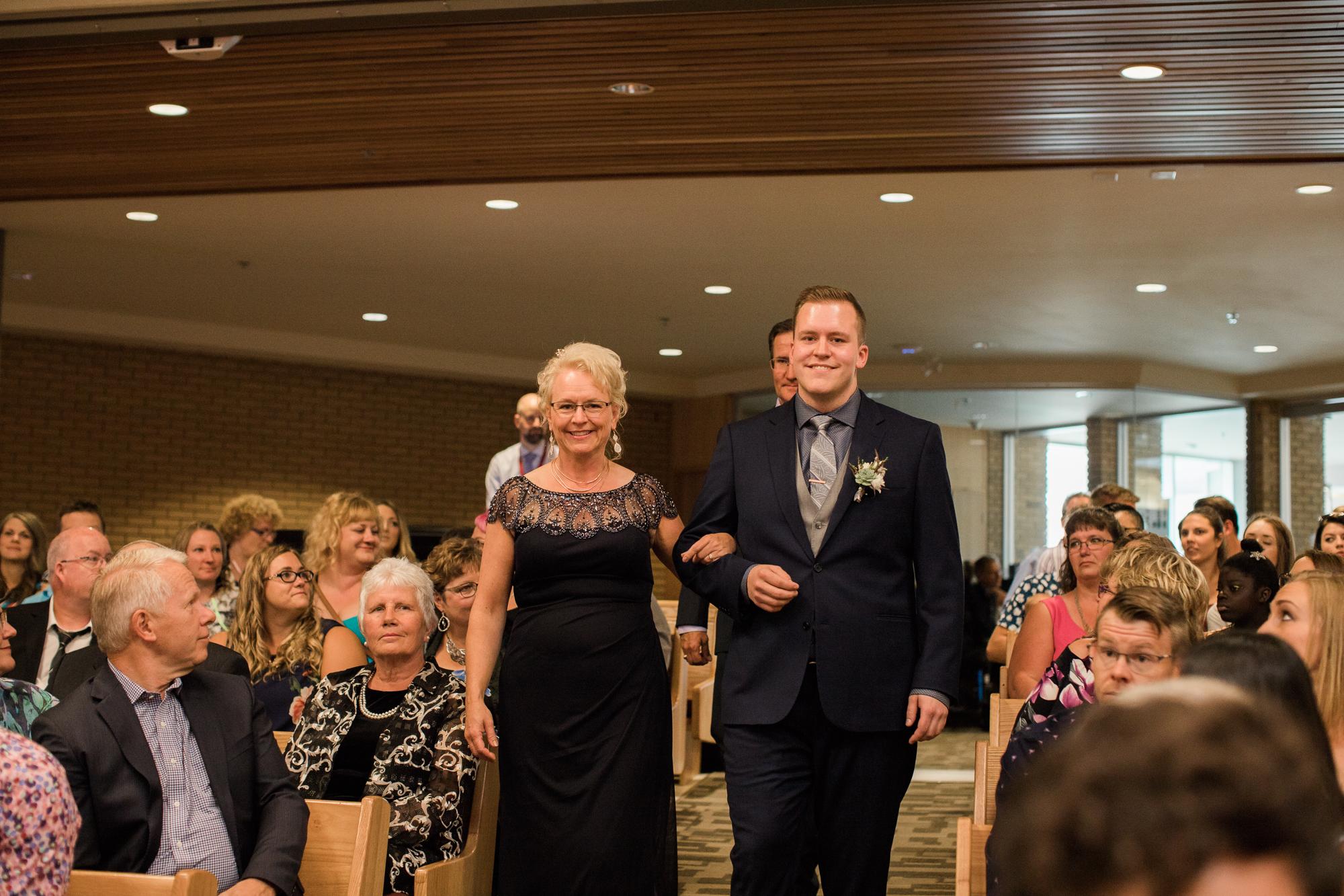 Calgary-wedding-photographer-NN-32.jpg