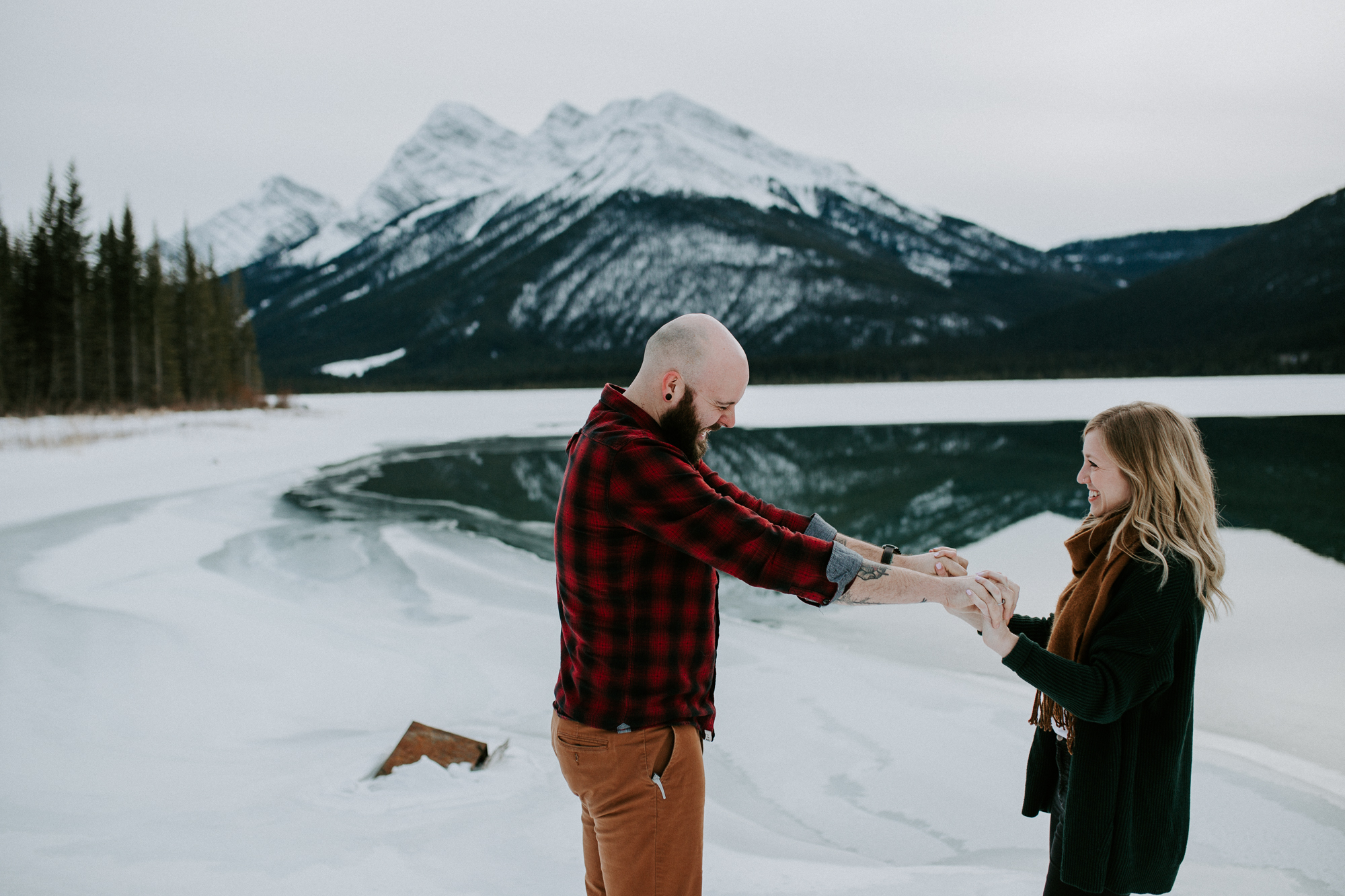 calgary-engagement-photographer-am-8.jpg