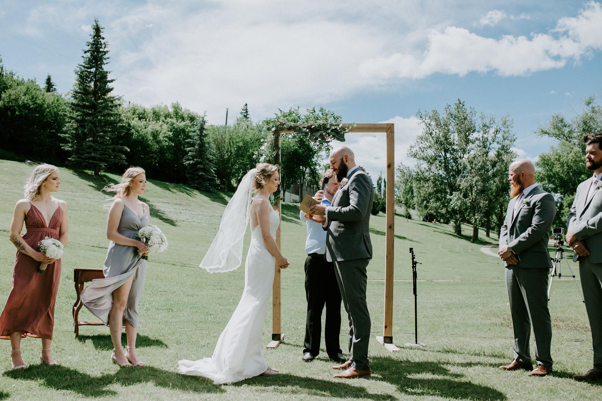 Calgary-wedding-photographer-am-46.jpg