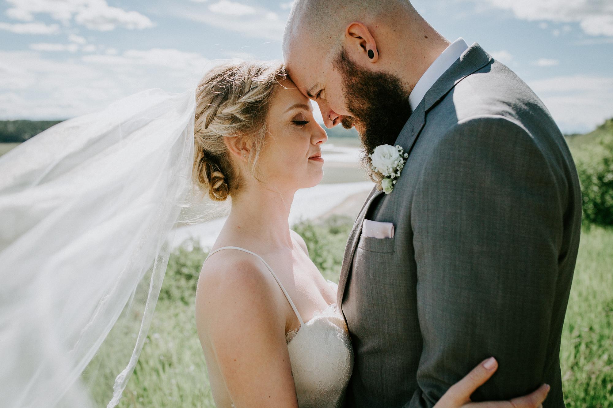Calgary-wedding-photographer-am-62.jpg