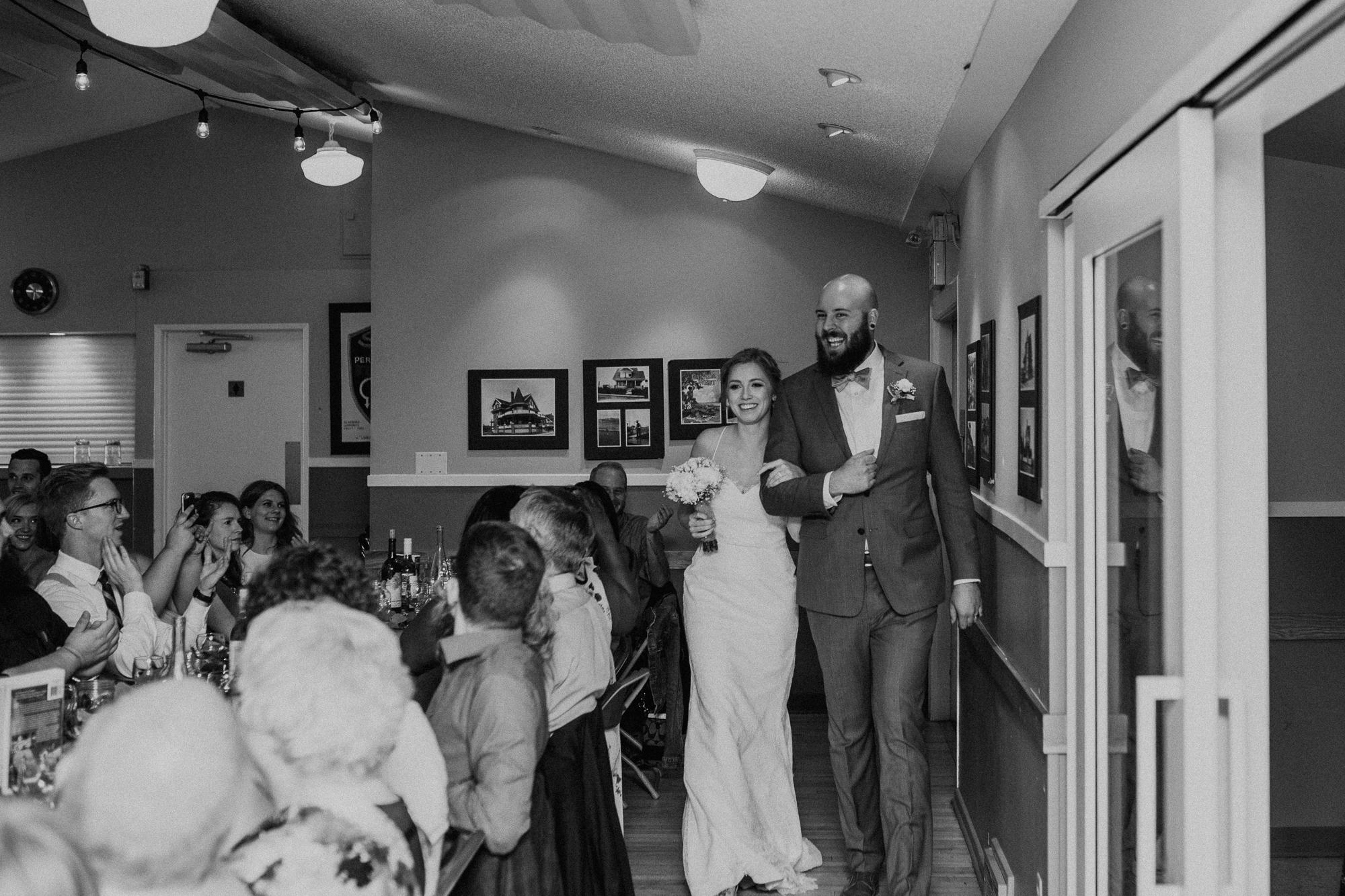 Calgary-wedding-photographer-am-77.jpg