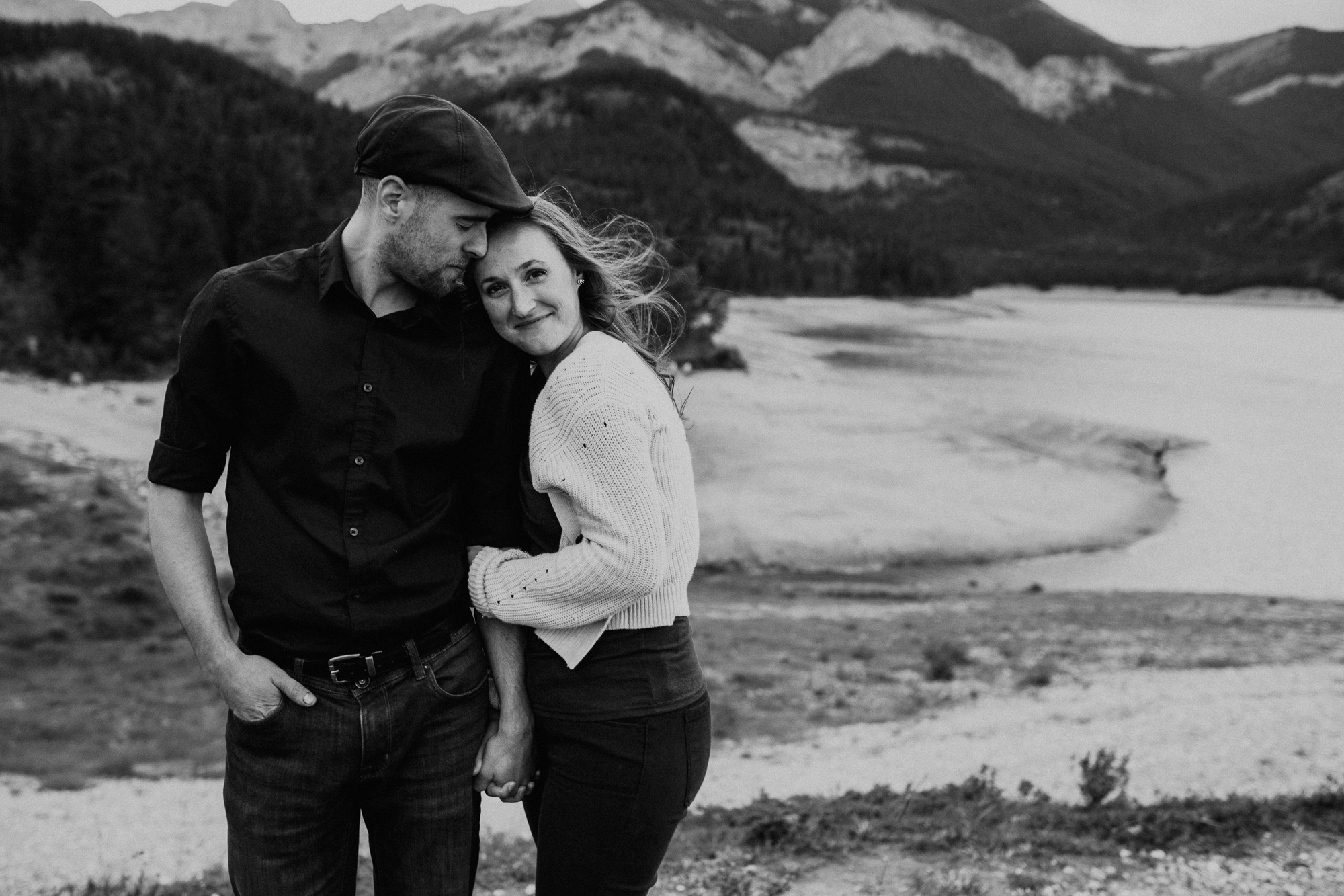 Kananaskis-engagement-session-photographer-jm-1-2.jpg