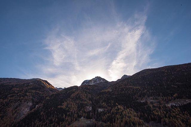 North of Italy. . . . . . . . . . . #mountains #italy #northofitaly #travel #hike #mountainclimbing #explore #sunrise #adventure #canon #mountain #canonphotography #documentary #documentaryphotography #travelphotography #photography #getoutside #greatoutdoors #nature #naturalwonder