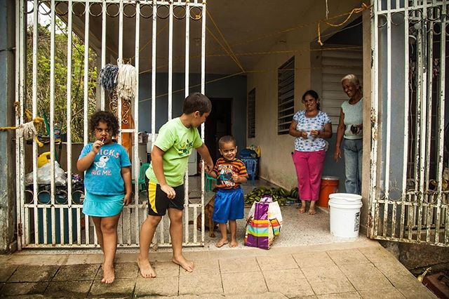 Today we'd like to take a moment to appreciate the women of Puerto Rico. The mothers, daughters, sisters, and grandmothers who take care of their families. It's been 6 months since hurricane Maria and 11 percent of the island is still without power. . . . . . . #internationalwomensday #puertorico #woman #mothers #daughters #grandmothers #sisters #hurricane #hurricanmaria #nopower #canon #canonphoto