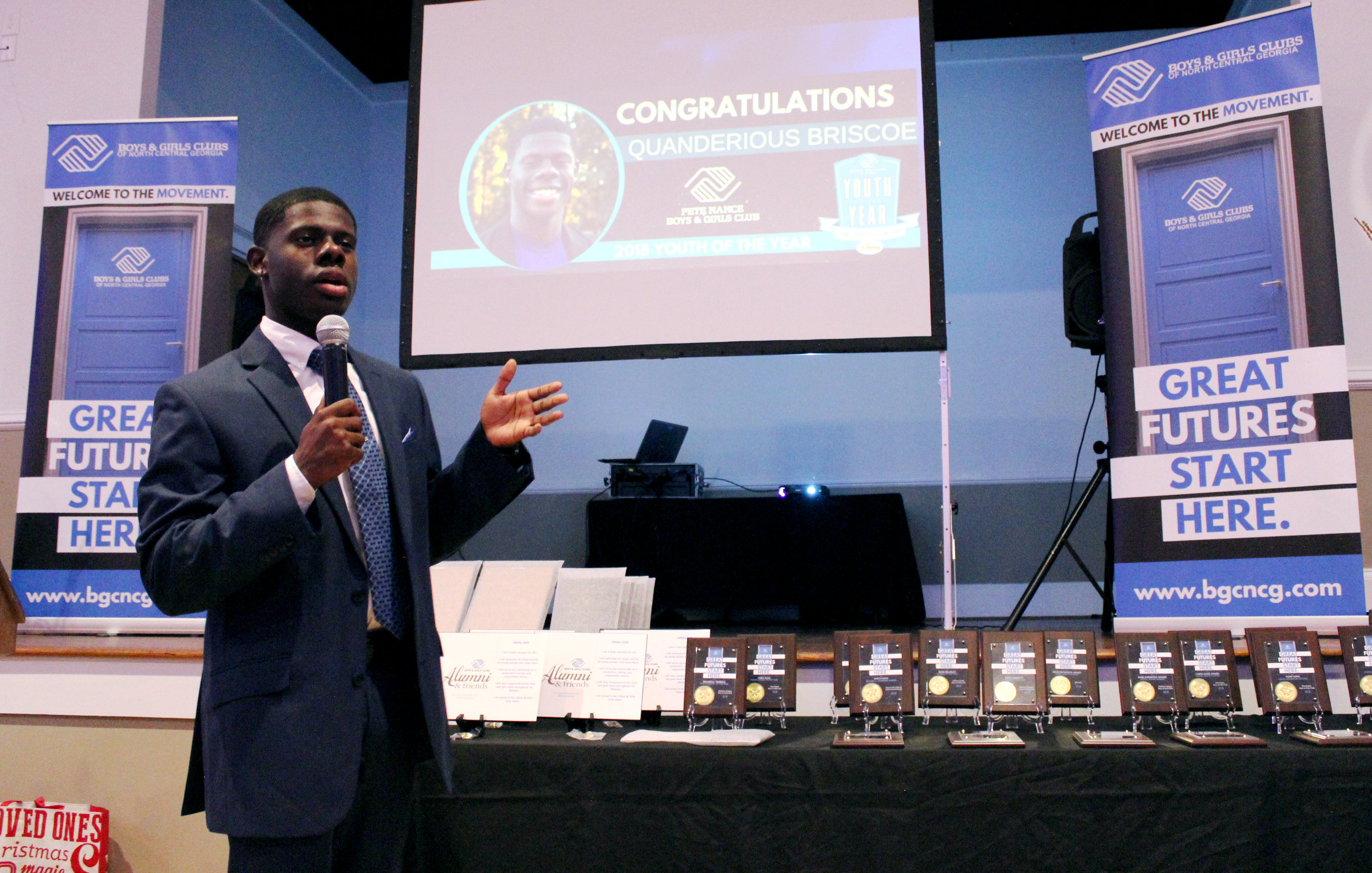 Quanderious Briscoe deliverers his powerful speech on how BGCNCG has impacted his life.