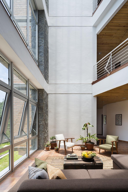 InSite_Architecture_NamanabeHall_JamesEwing-0504.jpg