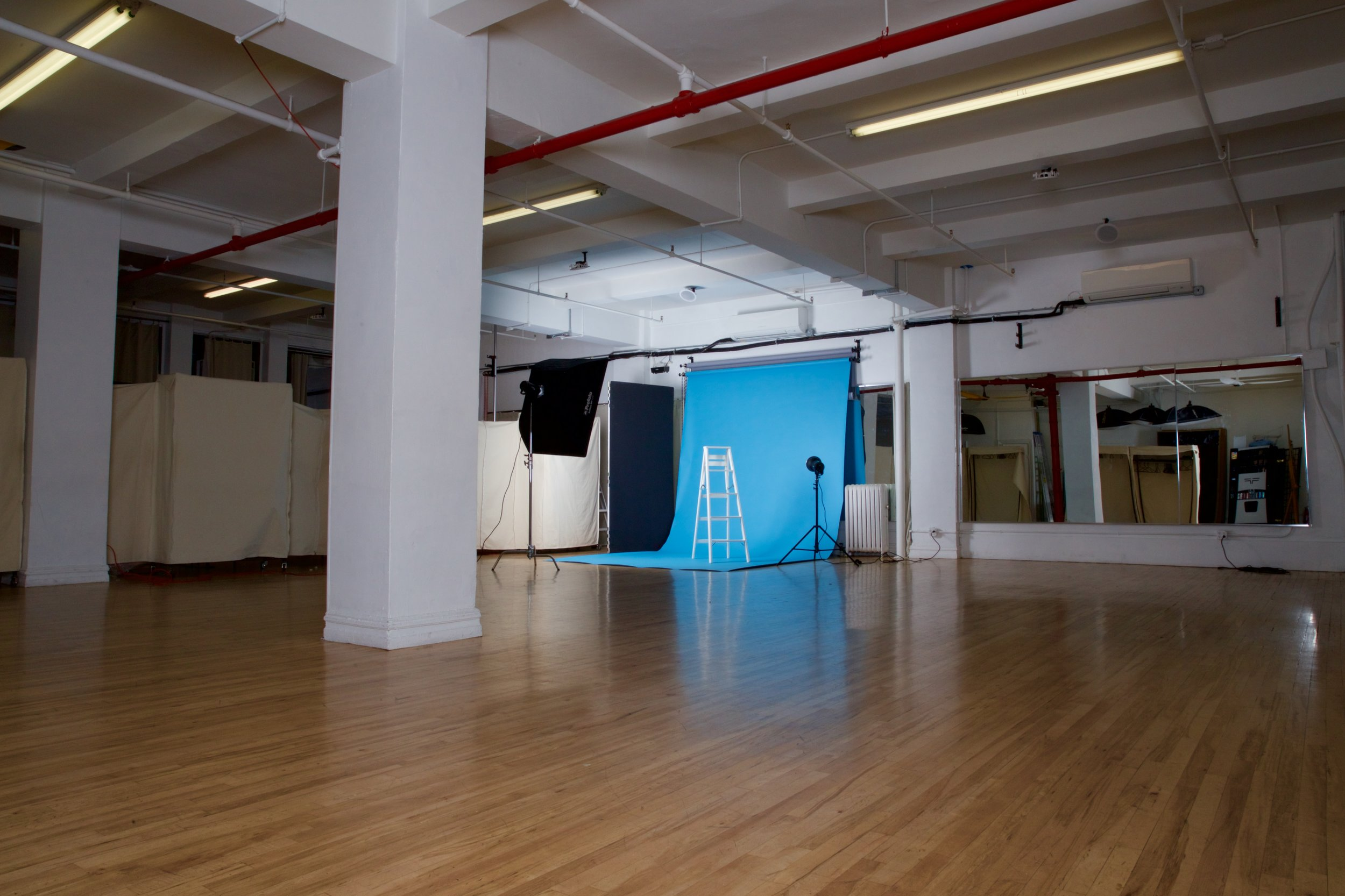 STUDIO 2+3 - Photo: $80/hr, $600/day