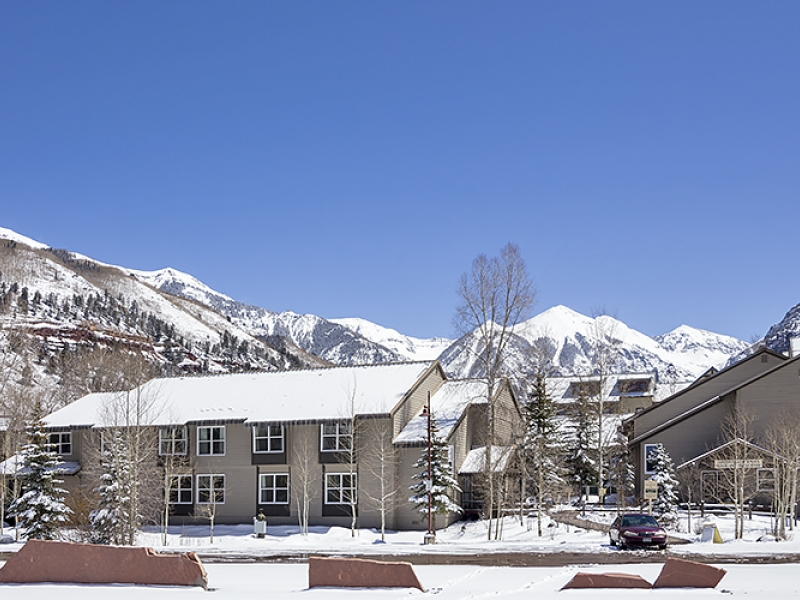 Telluride_Mountainside-Inn-1.jpg