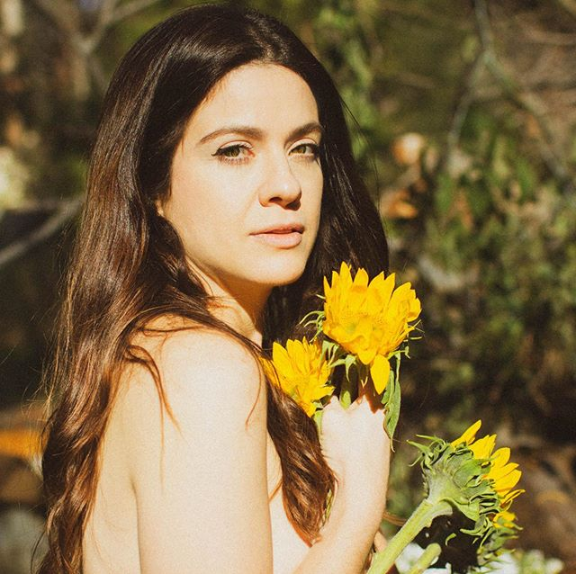 🌼Hiiiii!🌼 I'm incredibly honored to be opening for @georgikay @magicbronson @mollymoore & @dyllanmusic THIS Saturday @thehihatla . I'd love to see you there, as I've got new tunes and the boys playing with me . 8pm sharp.  All thanks to @purplebitepr 💜 . . Photo by @ojodeloba 🖤