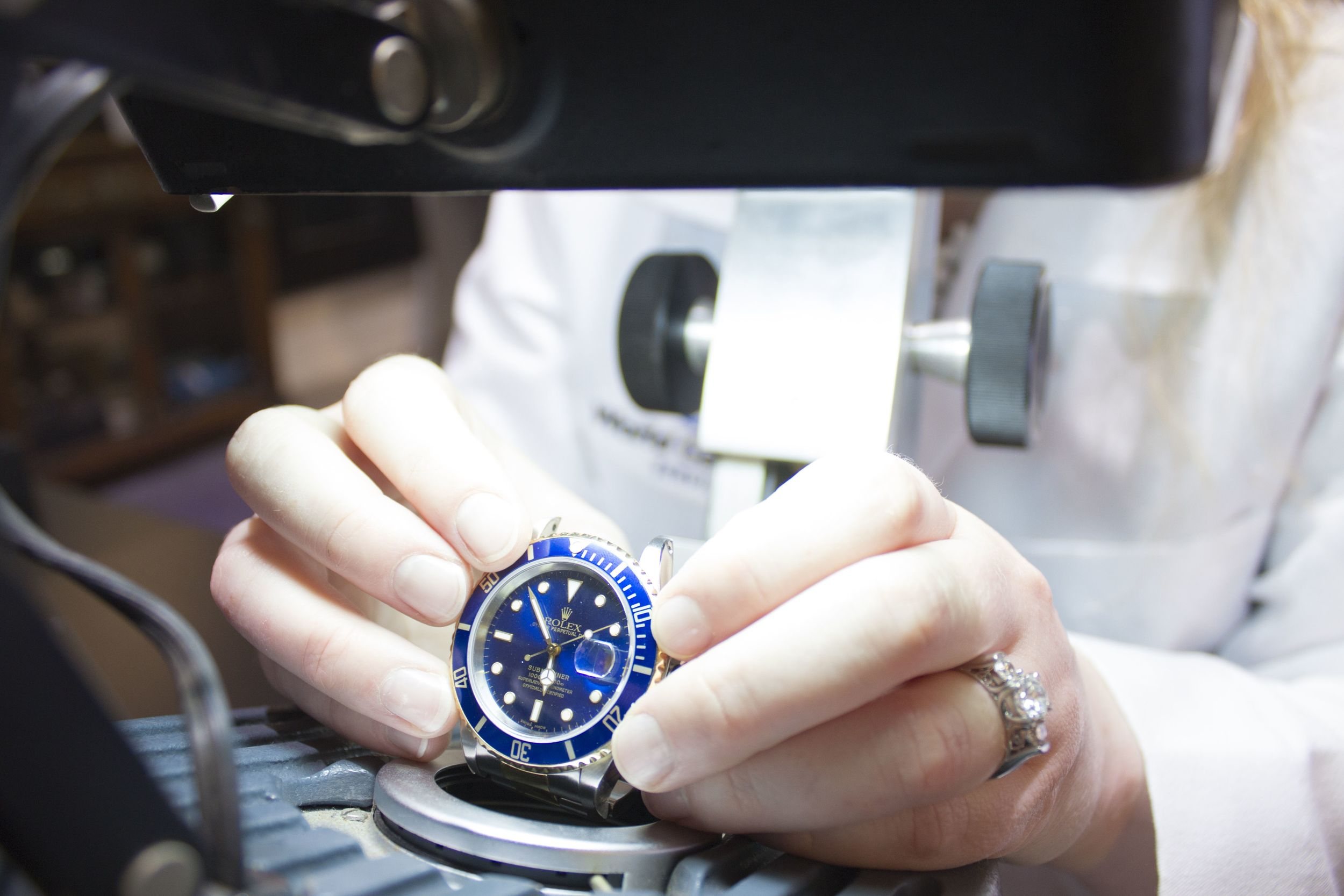 WGS-Watch-Rolex-Microscope-compressor.jpg