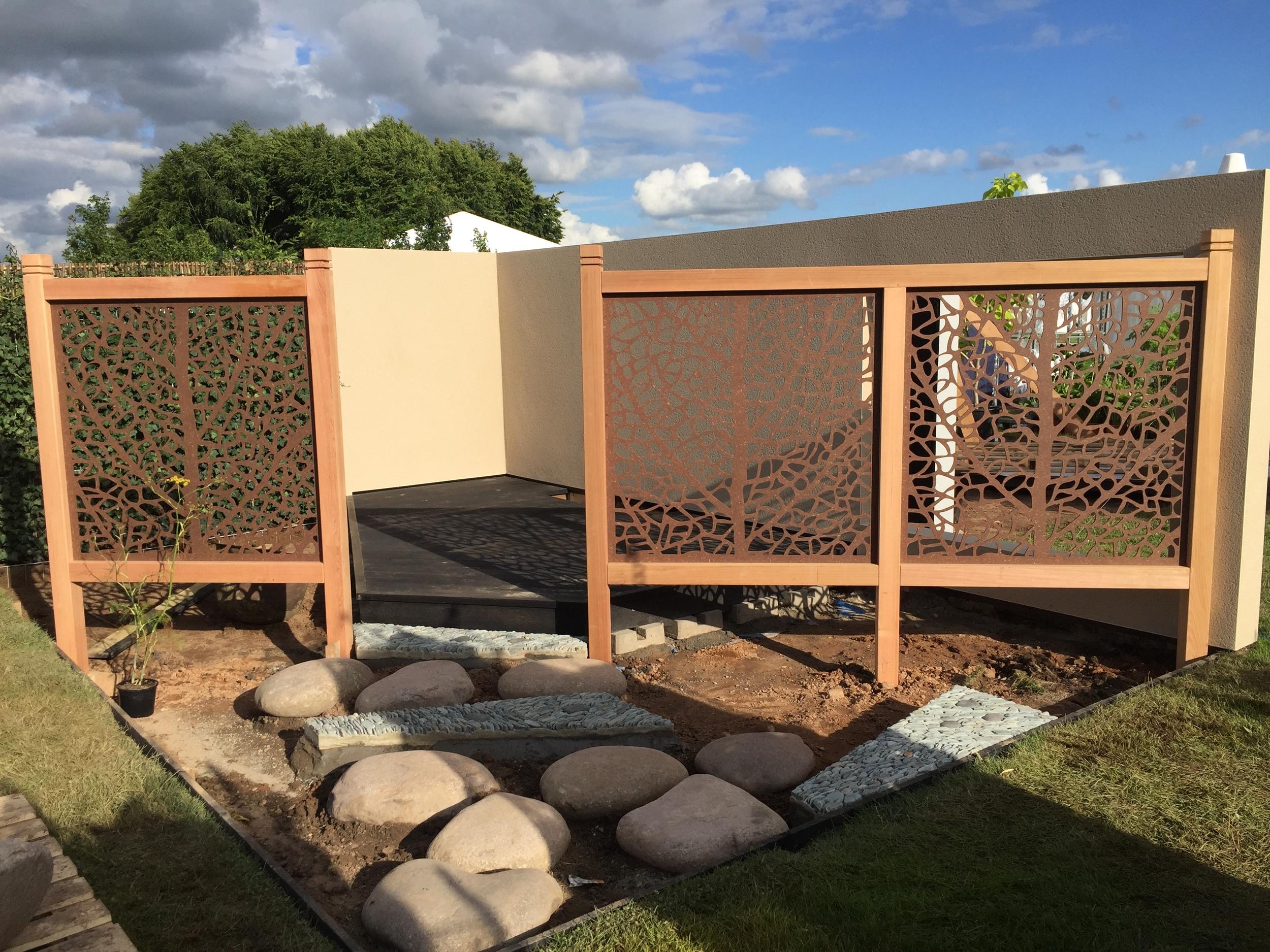 Cedar frame and Eucalyptus insert screens - PAO