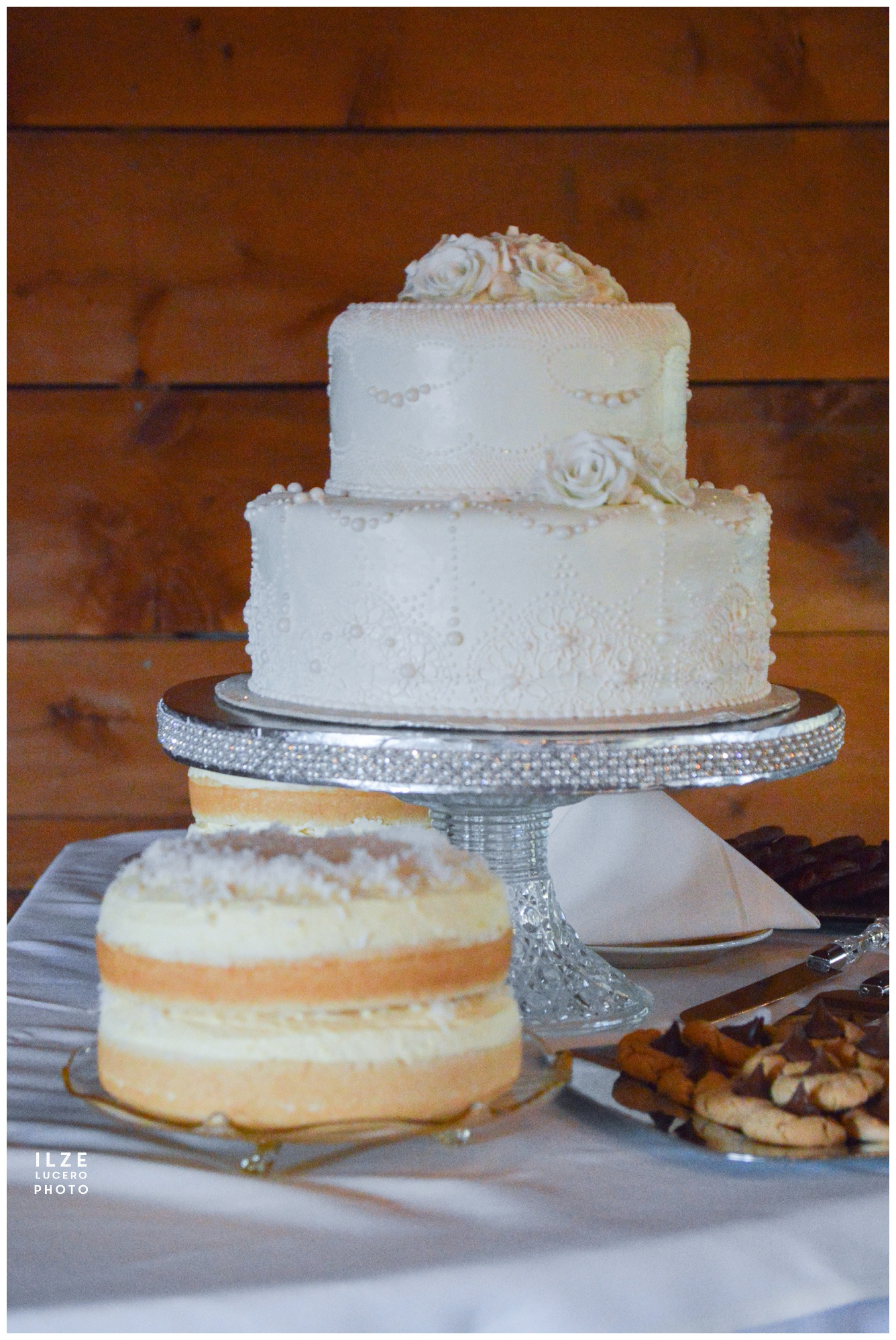 Barn wedding - cake