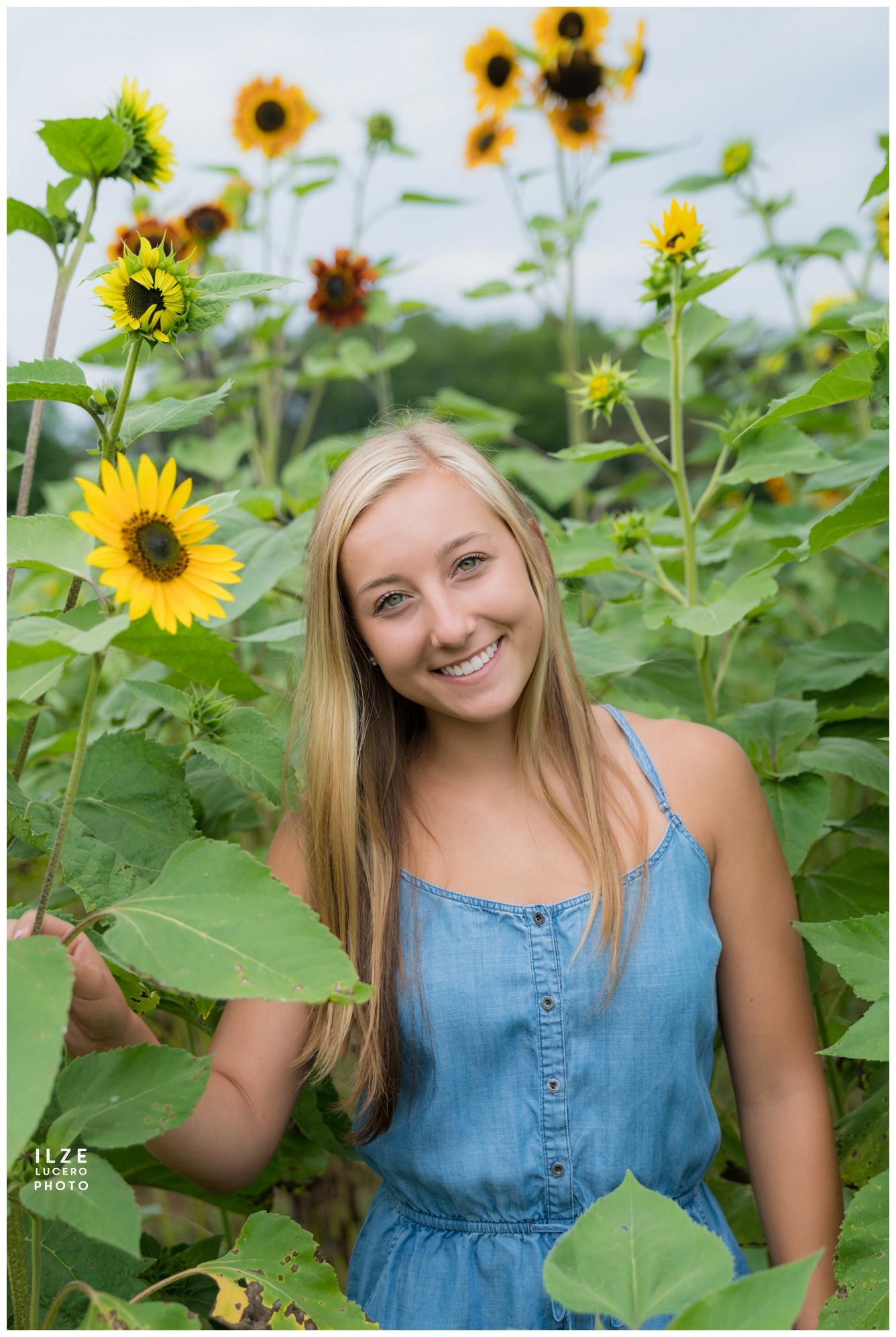 Sunflower fields Senior photos Clarkston
