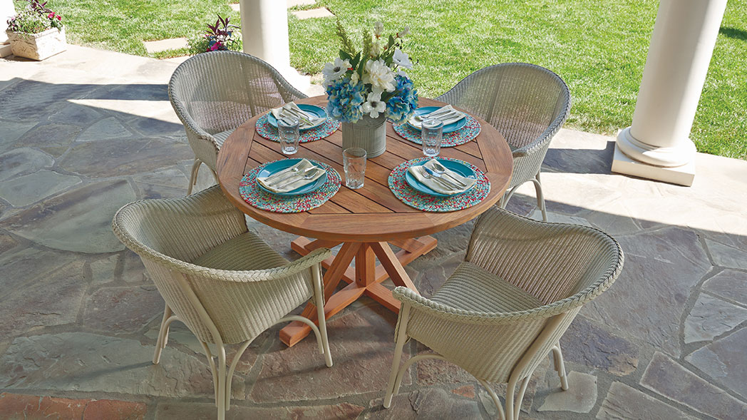 Lloyd Flanders - All Seasons Padded Dining