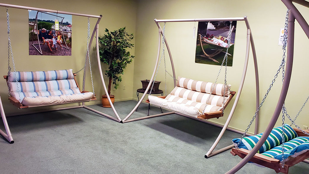 Hatteras-Hammocks-DD-Cushion-Swings.jpg