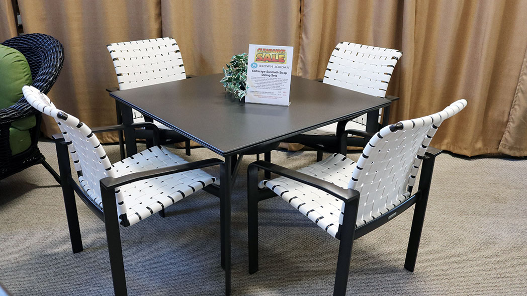 Clearance - Brown Jordan Softscape Dining Set (50%)