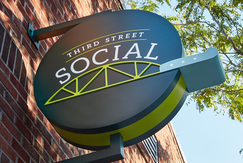 third street social_outdoorsignage.jpg