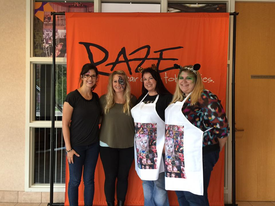 Left to Right: Me, Lisa Howell (Paint Me Pretty +), Lisa Alto Kiser (Alto Design FacePainting), and her niece!