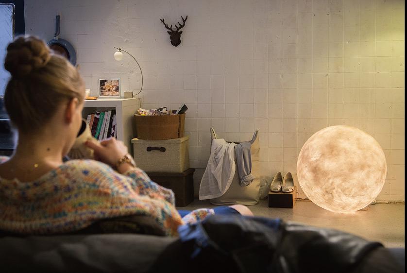 luna-lamp4