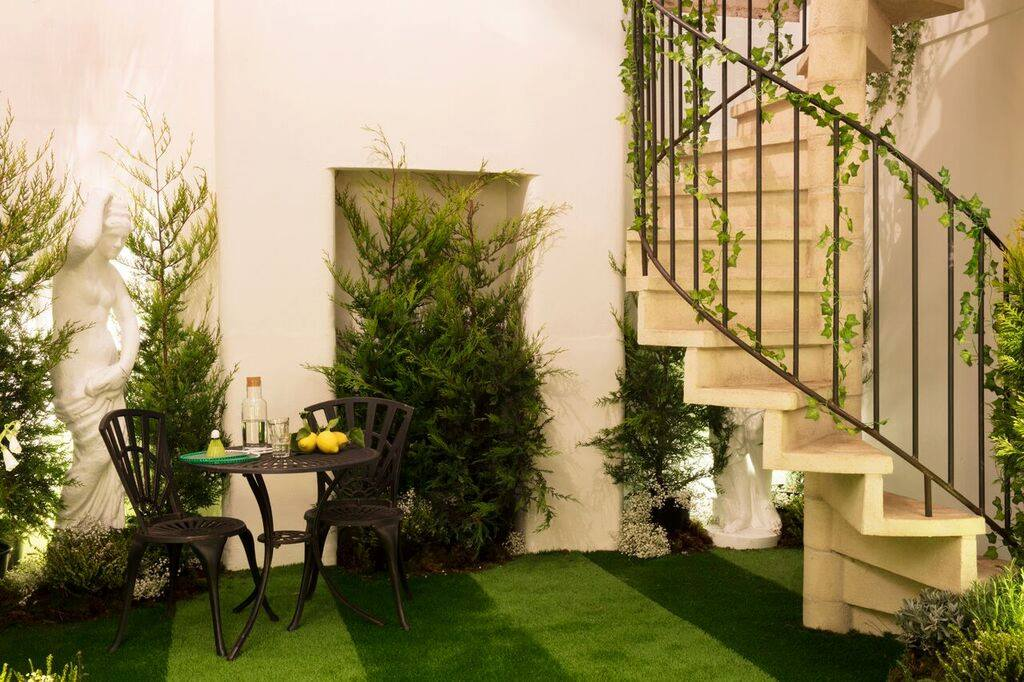 panton-airbnb-london8.jpg