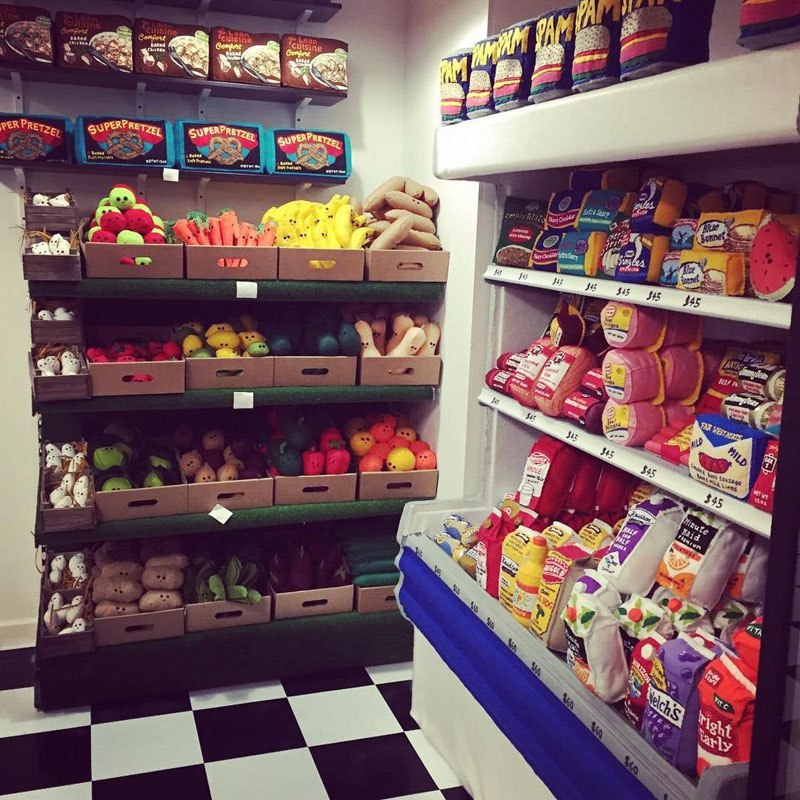 felt-convenient-store-new-york-by-lucy-sparrow-14.jpg