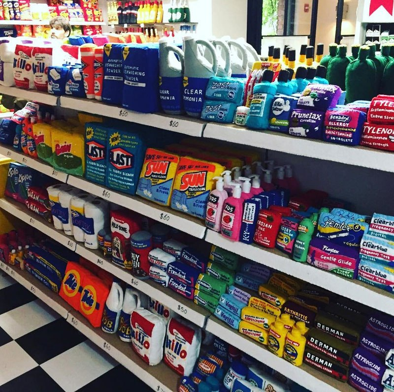 felt-convenient-store-new-york-by-lucy-sparrow-13.jpg