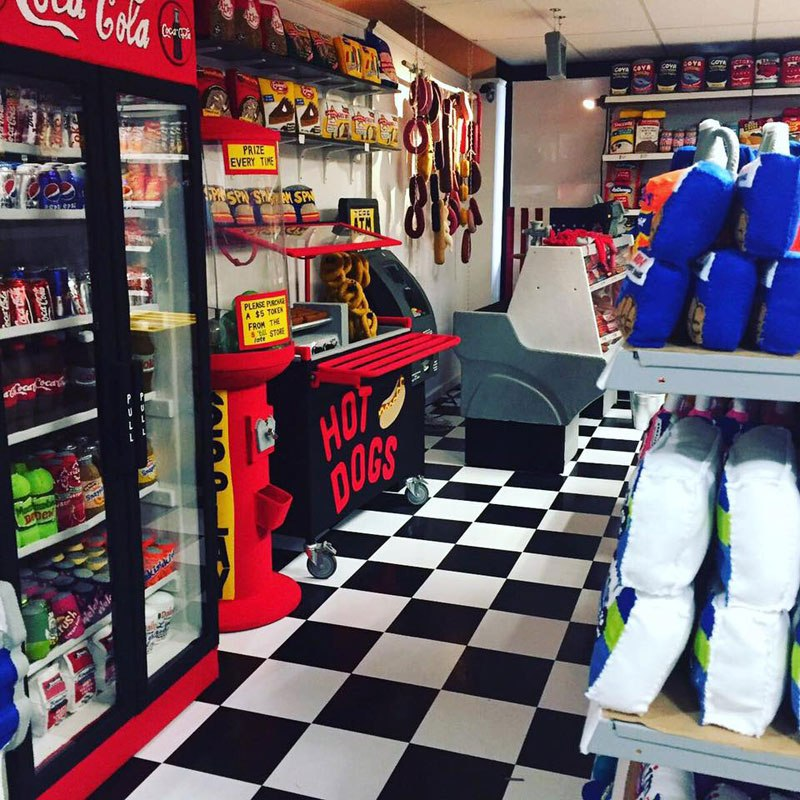 felt-convenient-store-new-york-by-lucy-sparrow-10.jpg