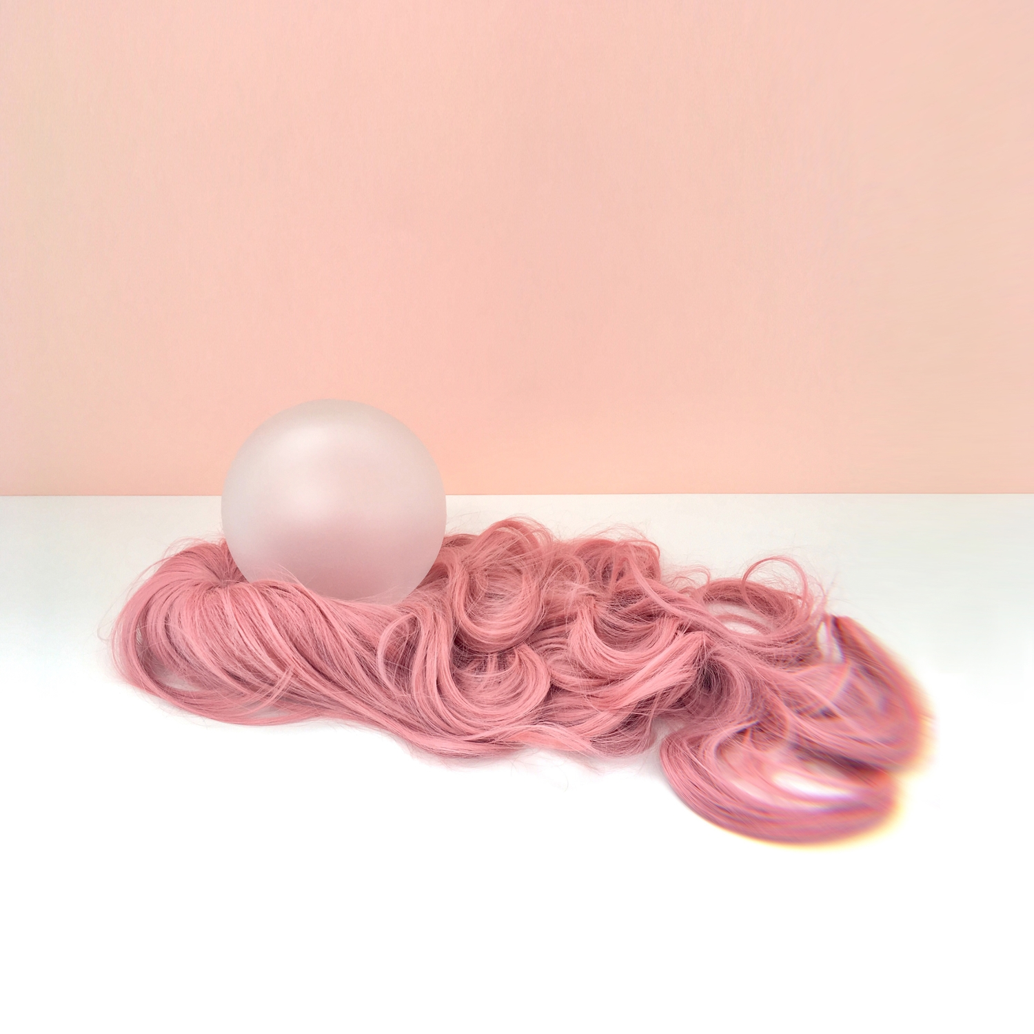 Bubble gum matte glass ball • synthetic hair, 600 x 200 mm