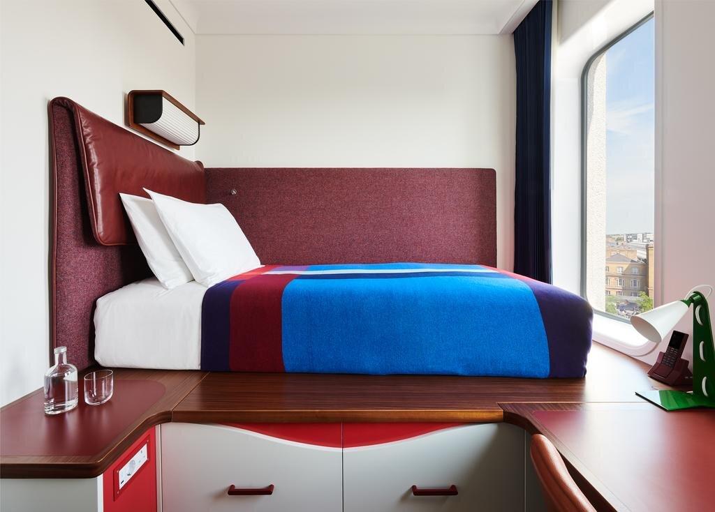 standard-hotel-london2.jpg