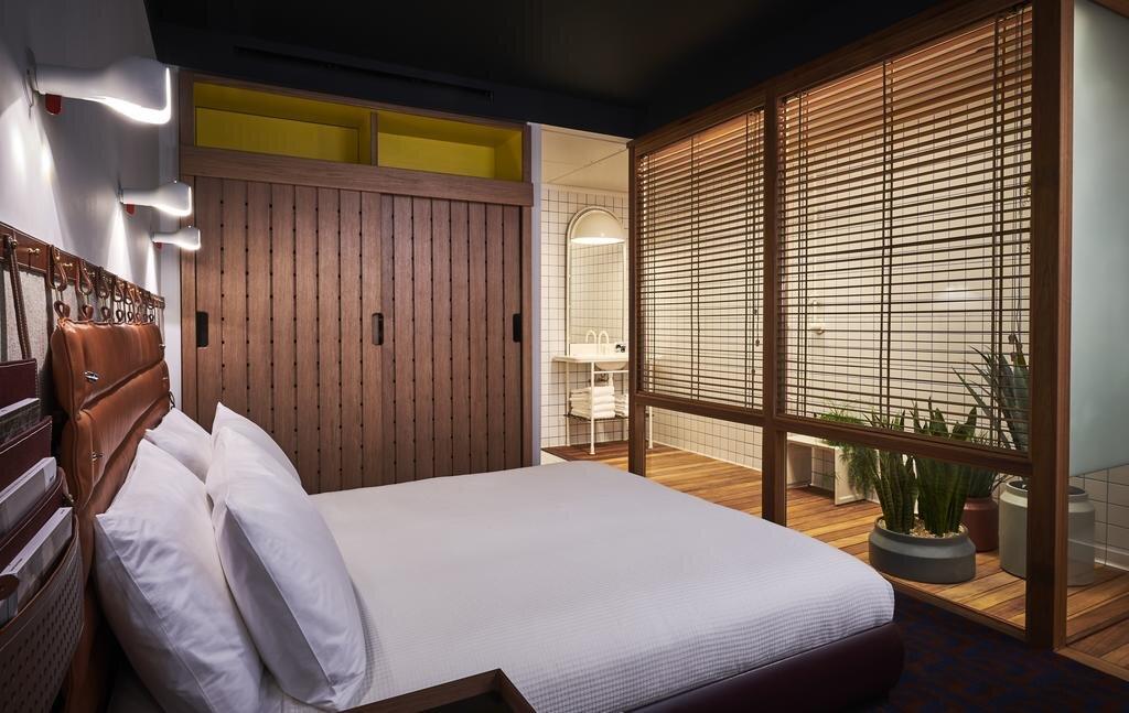 standard-hotel-london8.jpg