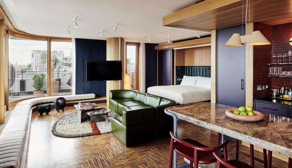standard-hotel-london4.jpg