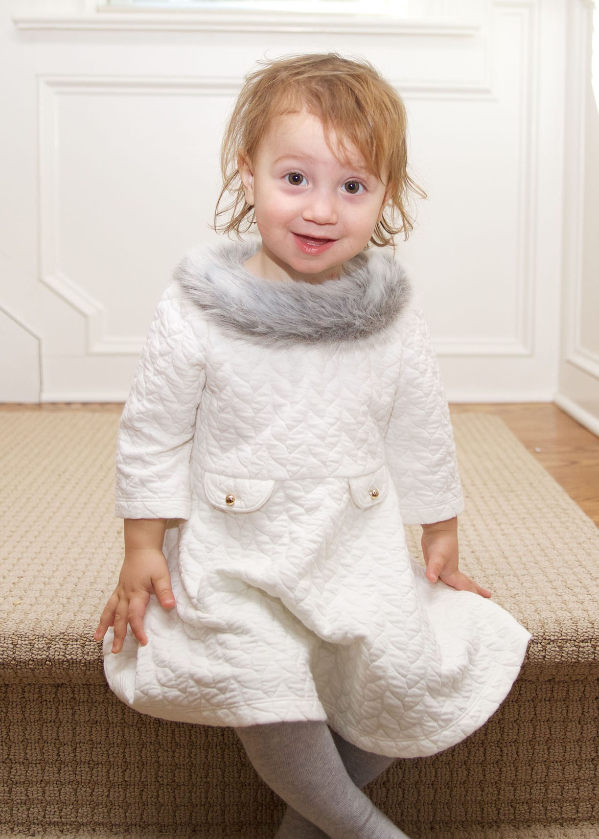 Potrait little girl stairs.jpg