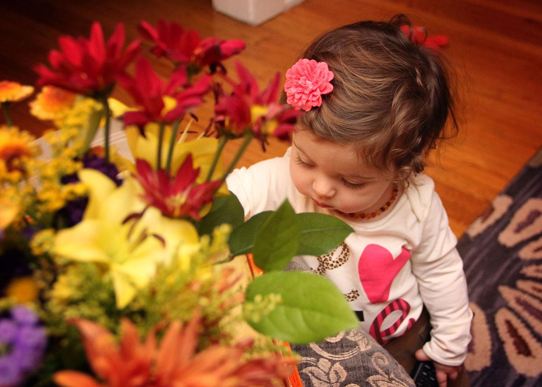 lillte girl portrait with flowers.jpg