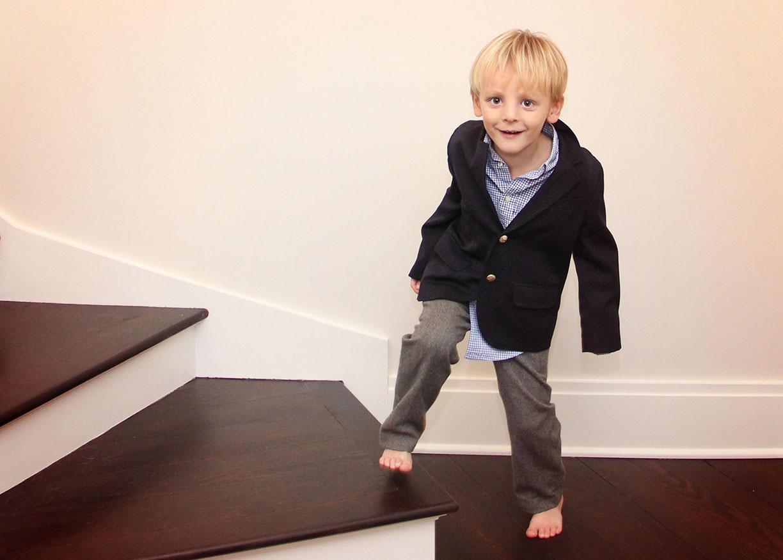 Home portraits New Cannan little boy .jpg