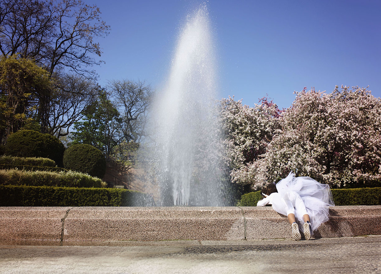 Fountain in Central Park little girl with tutu.jpg