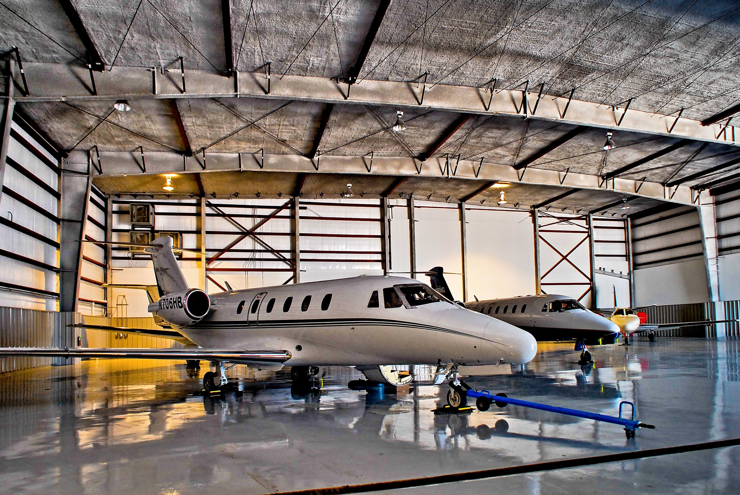 6- Hangar - VLS_3944.jpg
