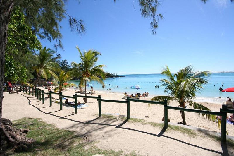 mauritius-island-pereybere-beach.jpg