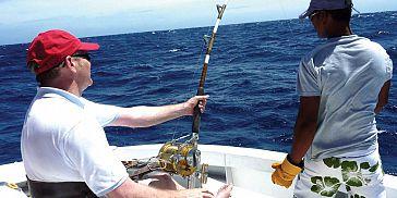 47feet-big-game-fishing-mauritius (9).jpg
