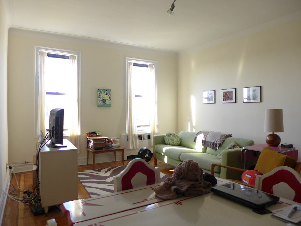 Living Room, 395 Stratford Road