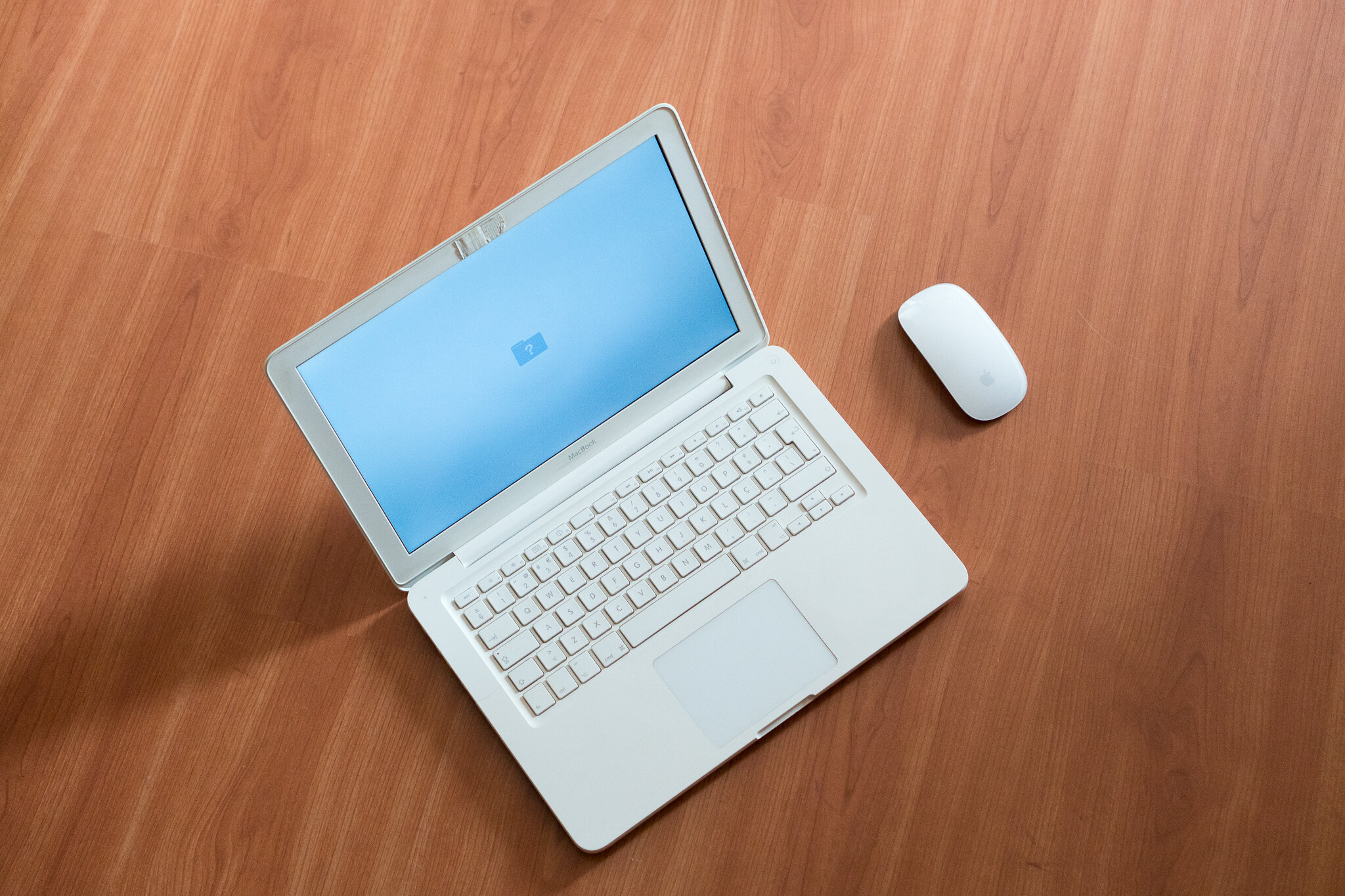 MacBook or iPadPro 1.jpg