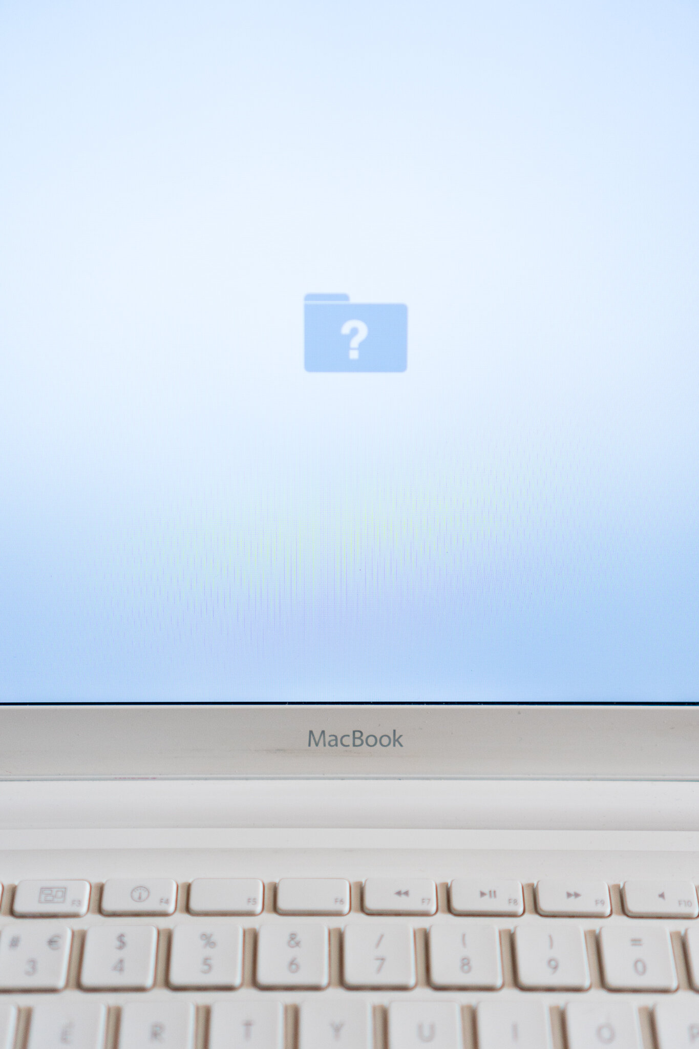MacBook or iPadPro 3.jpg