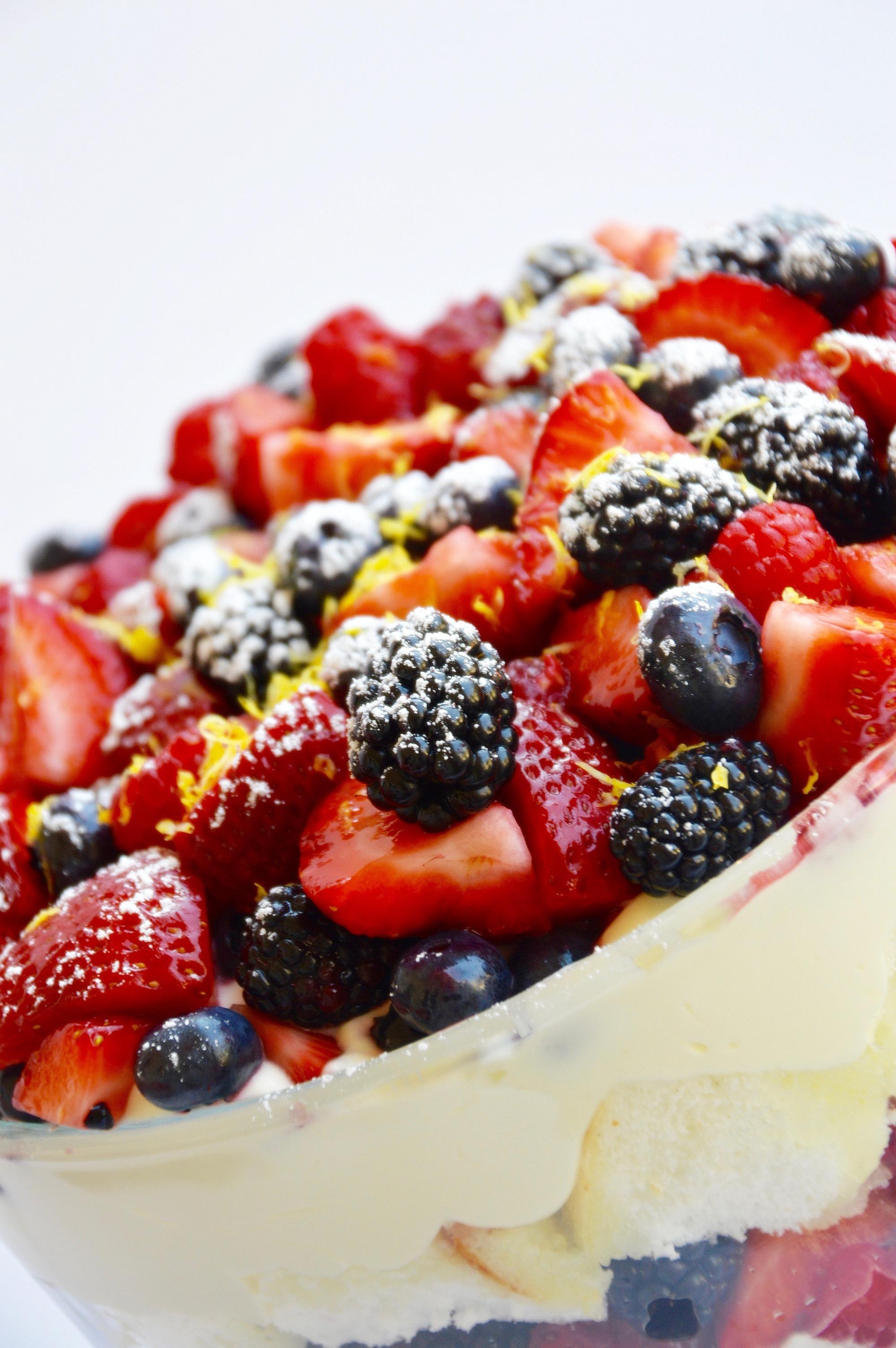 Limoncello Trifle - 3 of 9.jpg