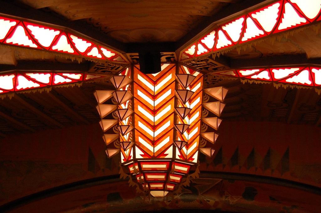 Art Deco Lamp - Photo by Fabio Bruna