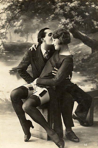 Art Deco Fashion - Flapper.jpg