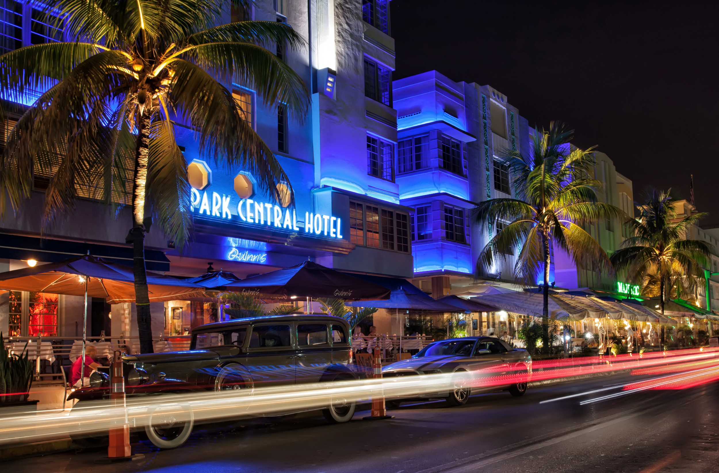 Park Central Hotel, South Beach, Miami - Built in 1937, renovated in 1988