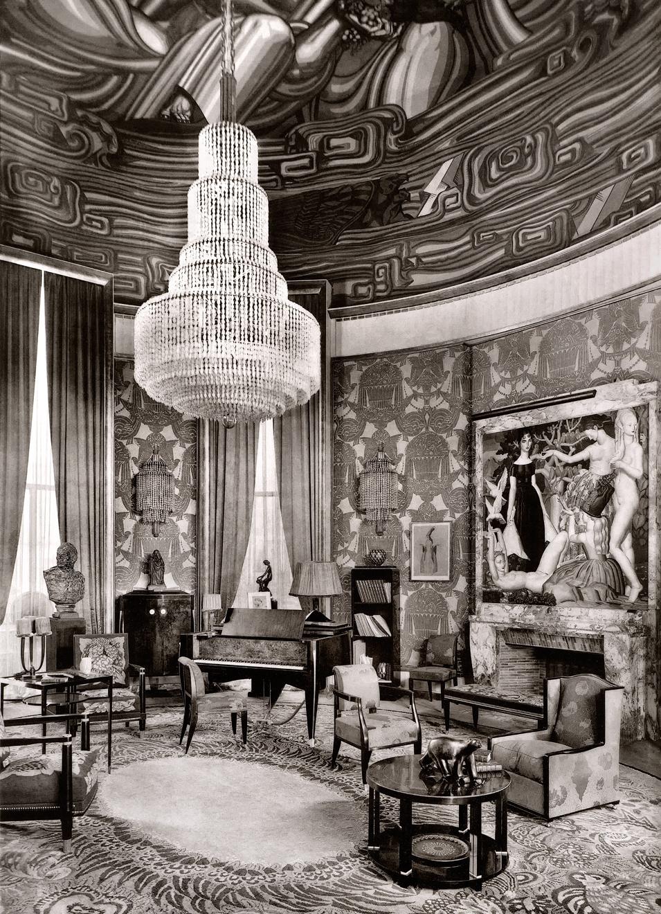 Ruhlmann's Grand Salon exhibit at the  1925 Paris Exposition Internationale des Arts Decoratifs et Industriels Modernes