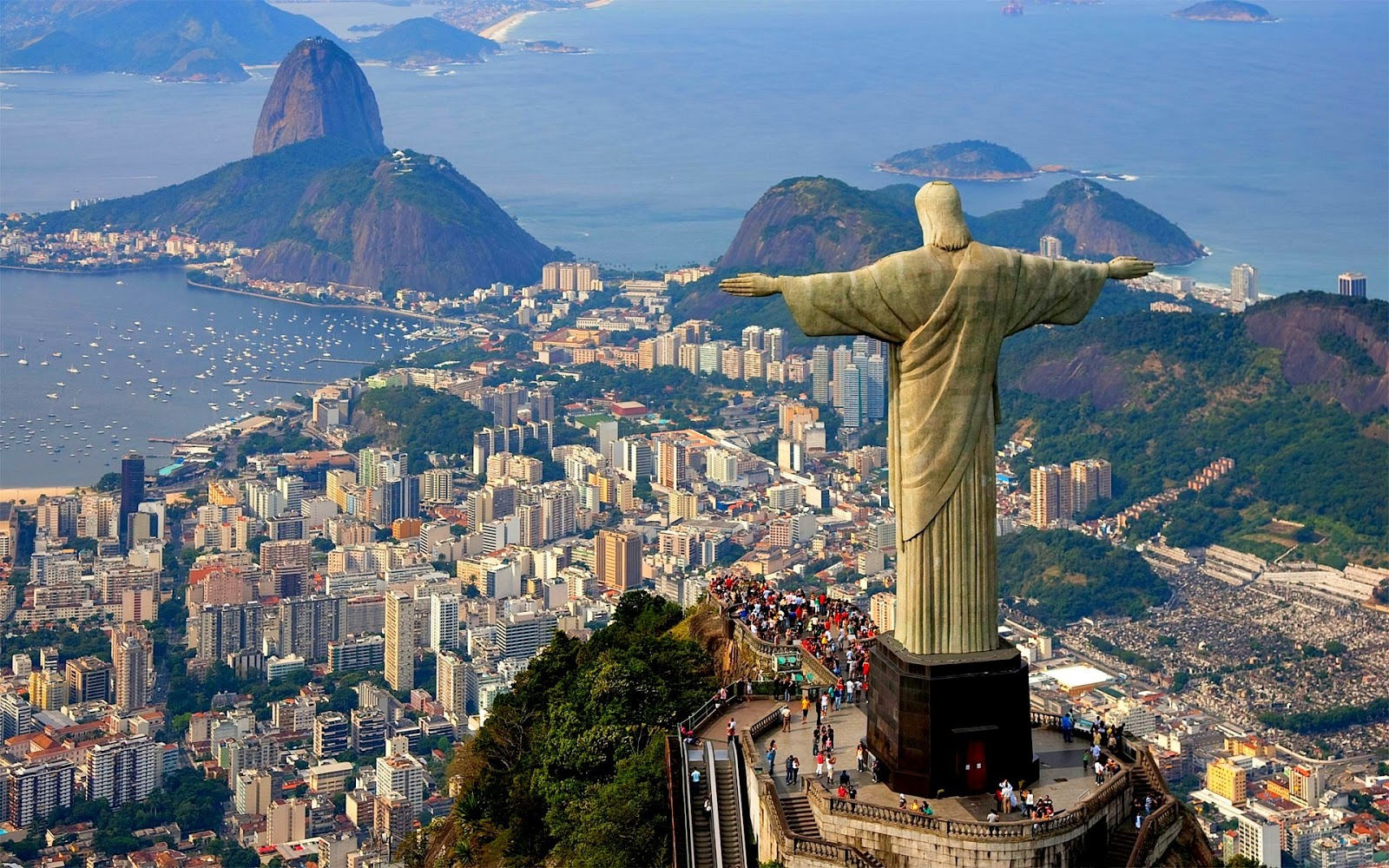 Art Deco Statue - Christ the Redeemer, Rio de Janeiro, Brazil