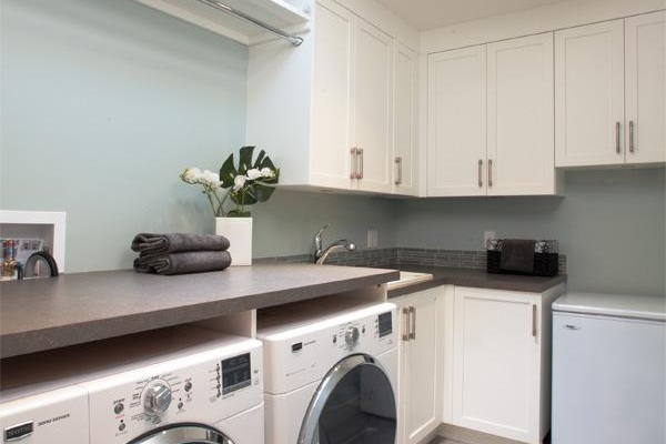 laundry rooms - Most of us are the first to admit that doing laundry is quite unenjoyable. If you had a great laundry room with folding, sorting, bins, storage, and pre-treatment areas, would doing laundry be a big of a chore? That's where we can help.- Laundry Rooms- Mudrooms- Hobby RoomsOur laundry rooms include ironing, clothing drying, sorting areas, and usable surface areas where you can be the most productive and get back to what you love doing.