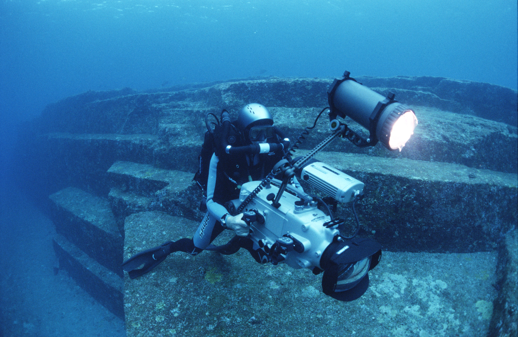 Filming with the Sony F900 HD camera in Yonoguni, Japan