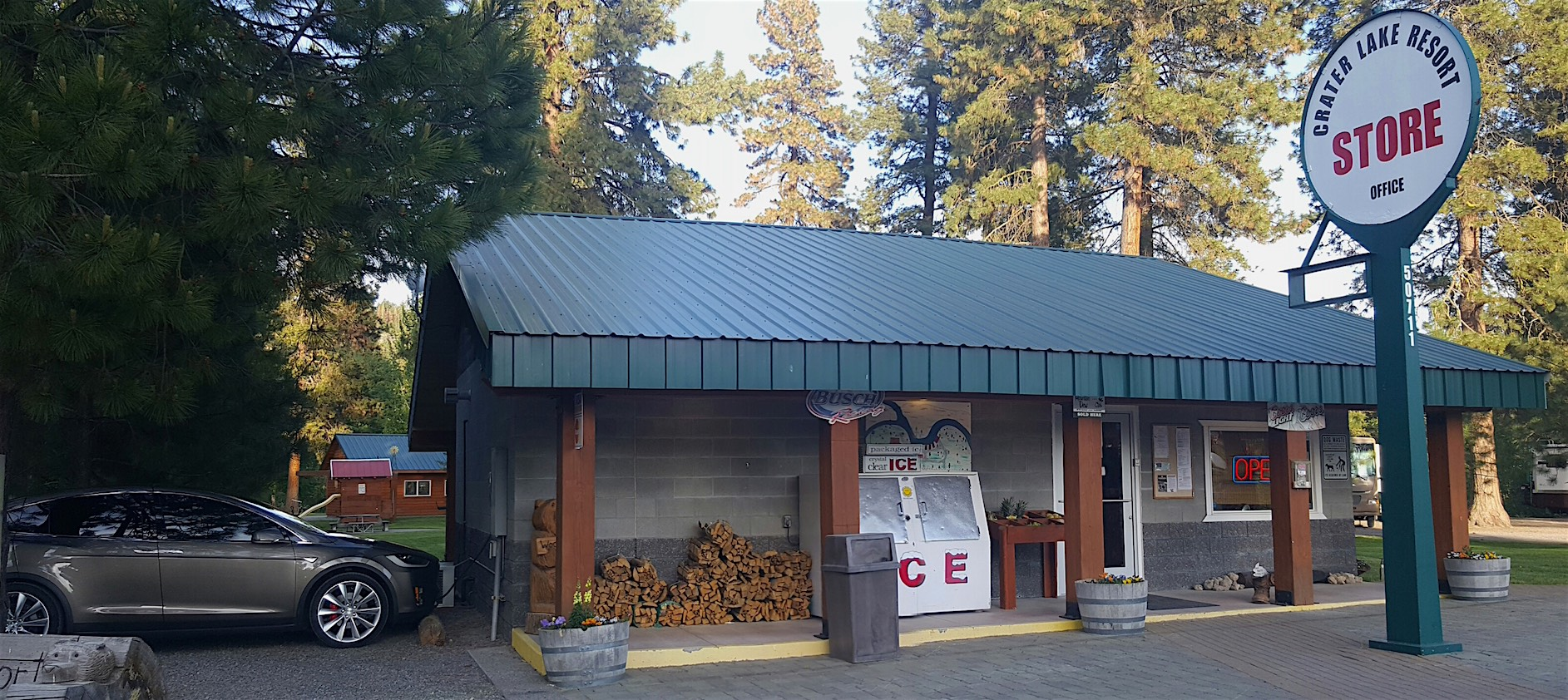 """A """"destination"""" charger. This one is in Ft. Klamath, south of Crater Lake National Park."""